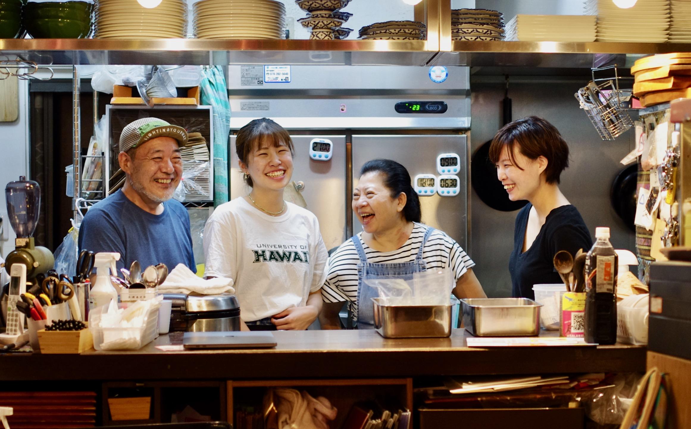 お互いを認め合うなら、好き嫌いがあってもいい。アジア人女性がシェフとして働く多国籍食堂「SALA」で高まり続けるエンパワーメントとは。